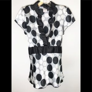 💕 Black, white and grey polka dot top💕